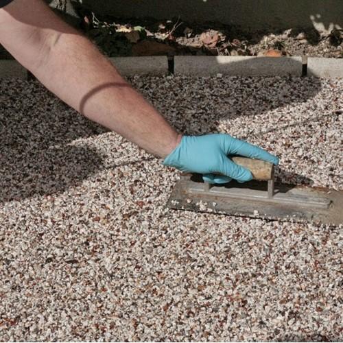 Gravel bonding Resin